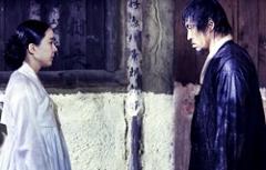 《客主》刘五性朴恩惠冒雨拍摄 剧照悲情虐心