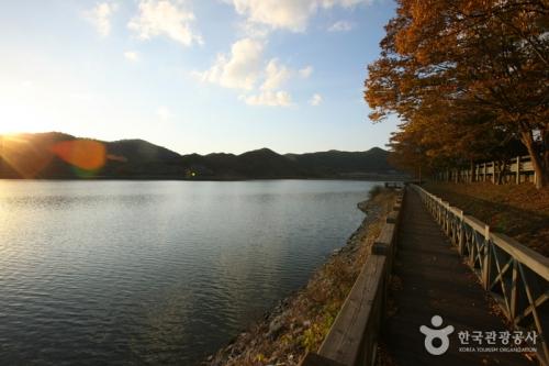 长城湖旅游区