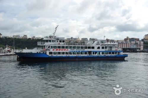 西归浦游览船