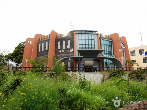 李仲燮美术馆