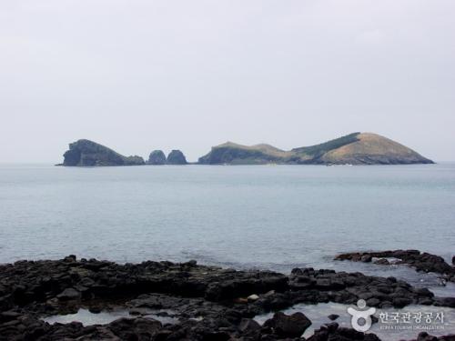 水月峰和遮归海岸